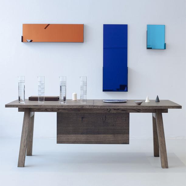Piano-Hinge-Table-Lifestyle_StudioRygalik_Tre_01_cover